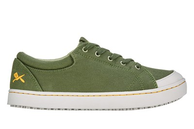 MOZO Women's Maven Canvas Shoe #M33738