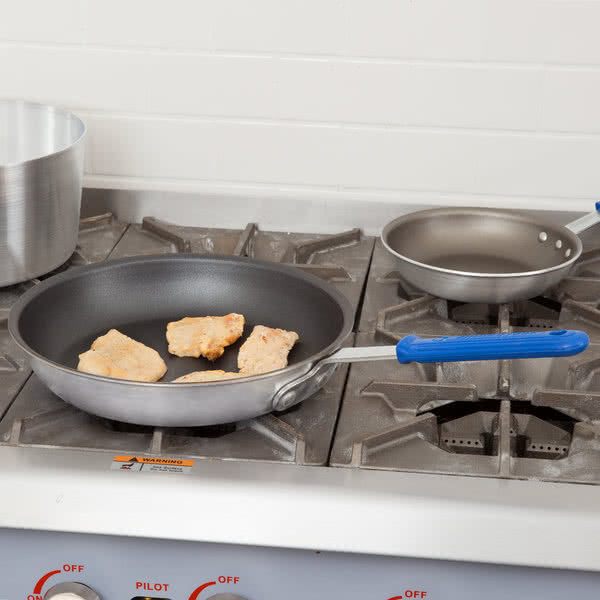 Non-Stick Fry Pan with Rivetless Cool Handle